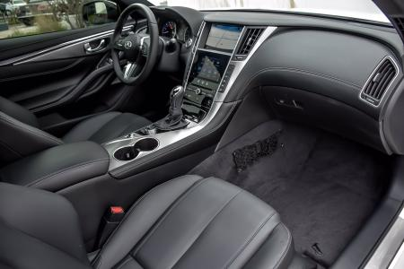 Used 2019 INFINITI Q60 3.0t LUXE, Essential Pkg, | Downers Grove, IL