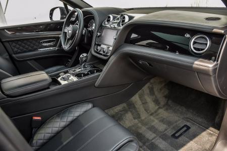 Used 2018 Bentley Bentayga W12 Signature   Downers Grove, IL