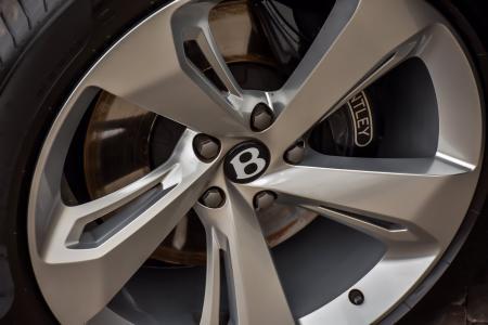Used 2018 Bentley Bentayga Onyx   Downers Grove, IL
