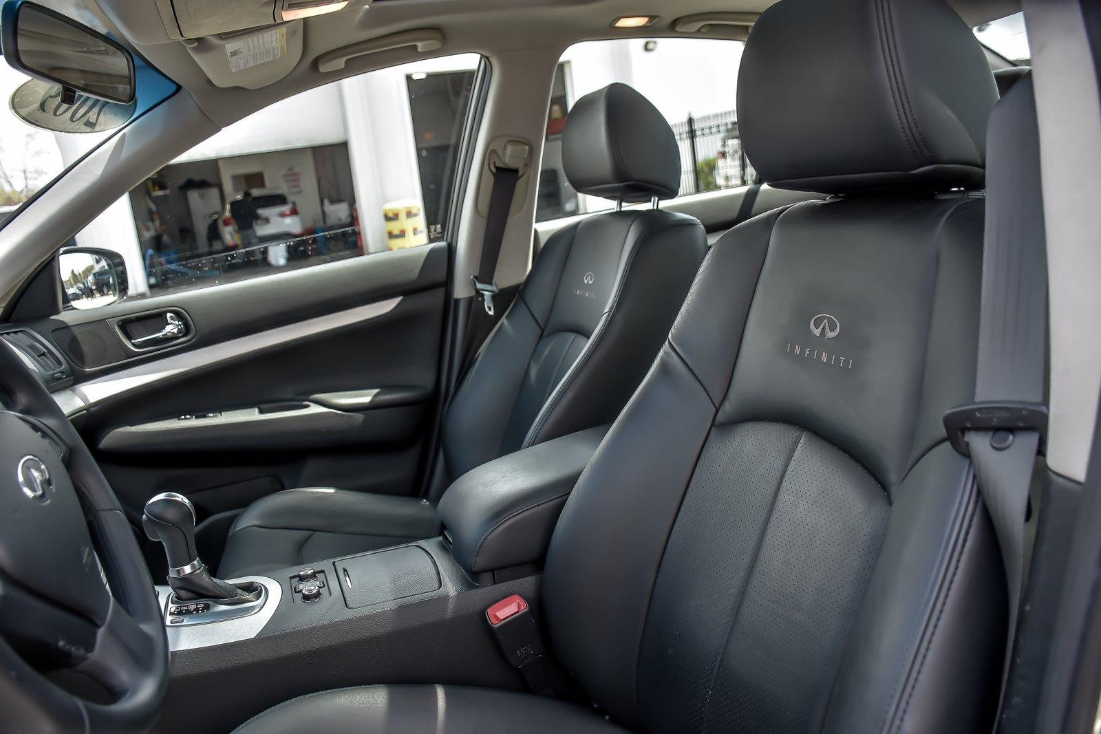 Used 2009 INFINITI G37 X | Downers Grove, IL