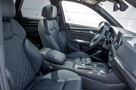 Used 2019 Audi SQ5 Prestige S-Sport/Black Optic Pkg | Downers Grove, IL