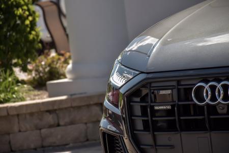 Used 2019 Audi Q8 Prestige, Black Optic/Year One Pkg, | Downers Grove, IL
