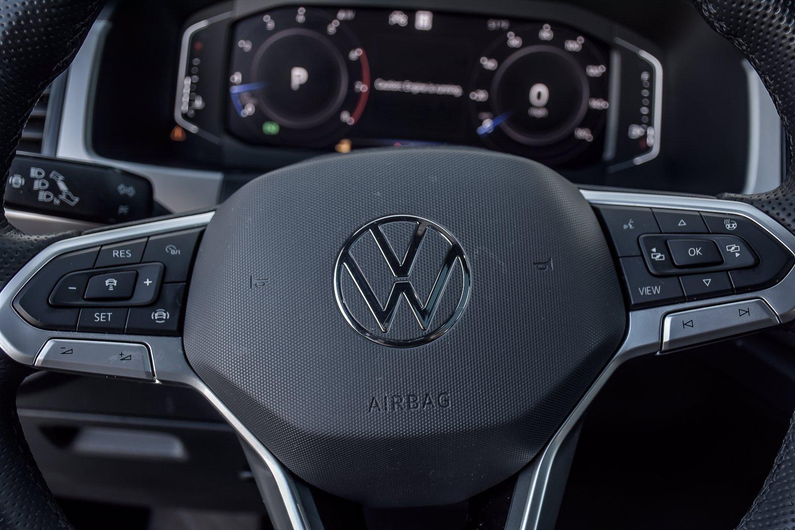 Used 2020 Volkswagen Atlas Cross Sport 3.6L V6 SEL R-Line | Downers Grove, IL