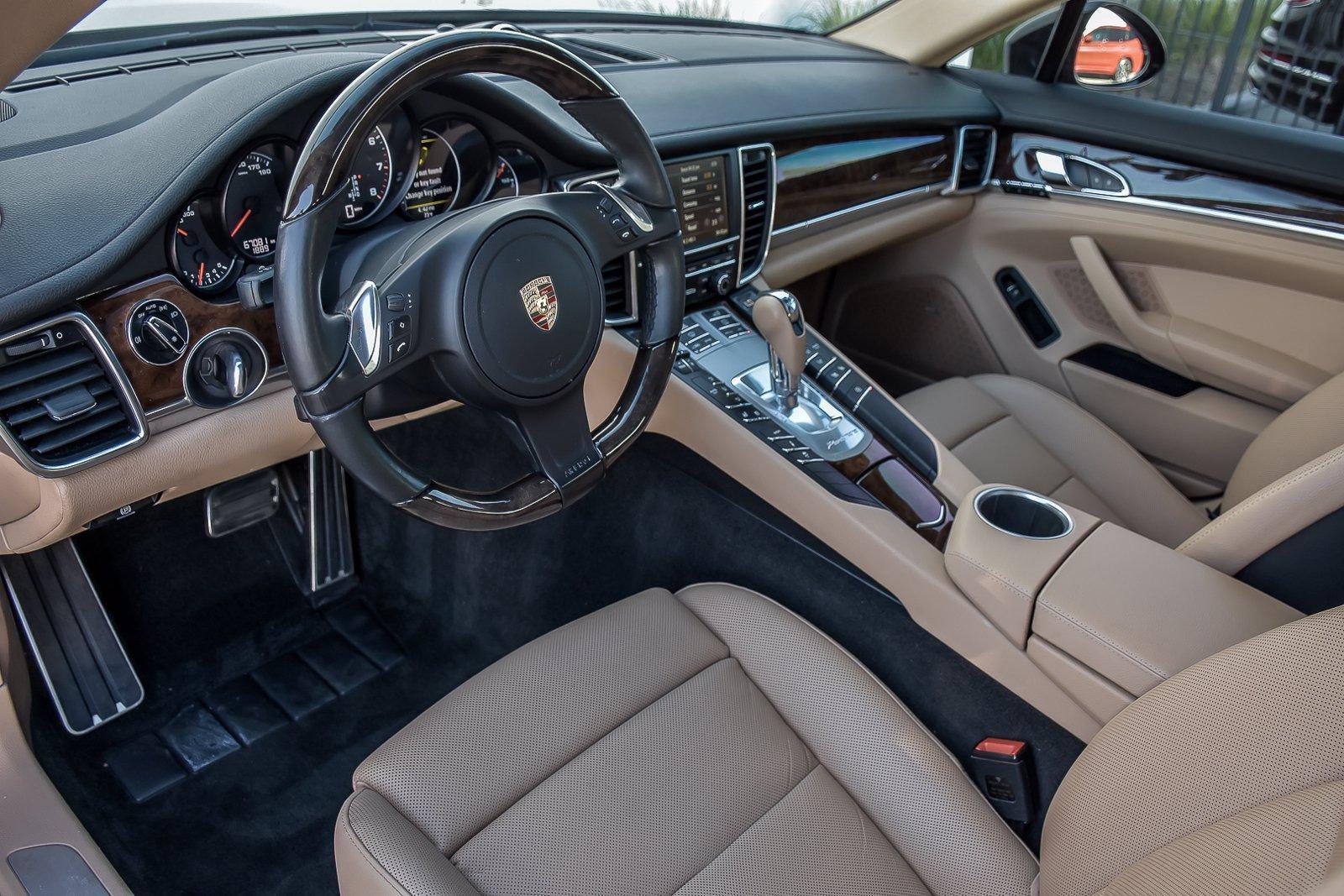 Used 2015 Porsche Panamera 4 Premium Plus | Downers Grove, IL