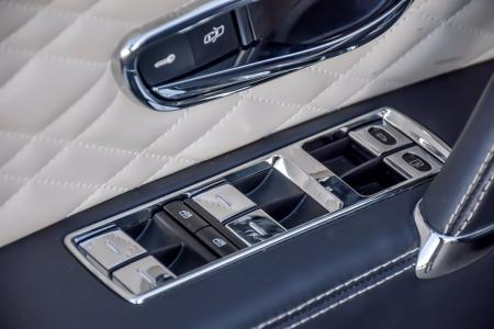 Used 2017 Bentley Flying Spur W12 Mulliner | Downers Grove, IL