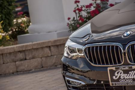 Used 2018 BMW 5 Series 530e xDrive iPerformance Luxe/Prem Pkg 2 | Downers Grove, IL