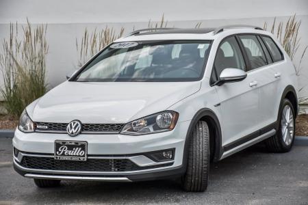 Used 2017 Volkswagen Golf Alltrack SE | Downers Grove, IL
