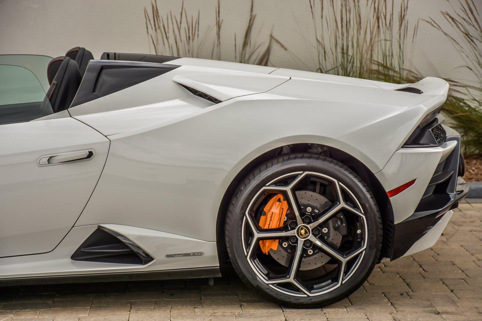 Used 2020 Lamborghini Huracan EVO Spyder | Downers Grove, IL
