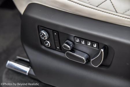 Used 2019 Bentley Bentayga V8   Downers Grove, IL