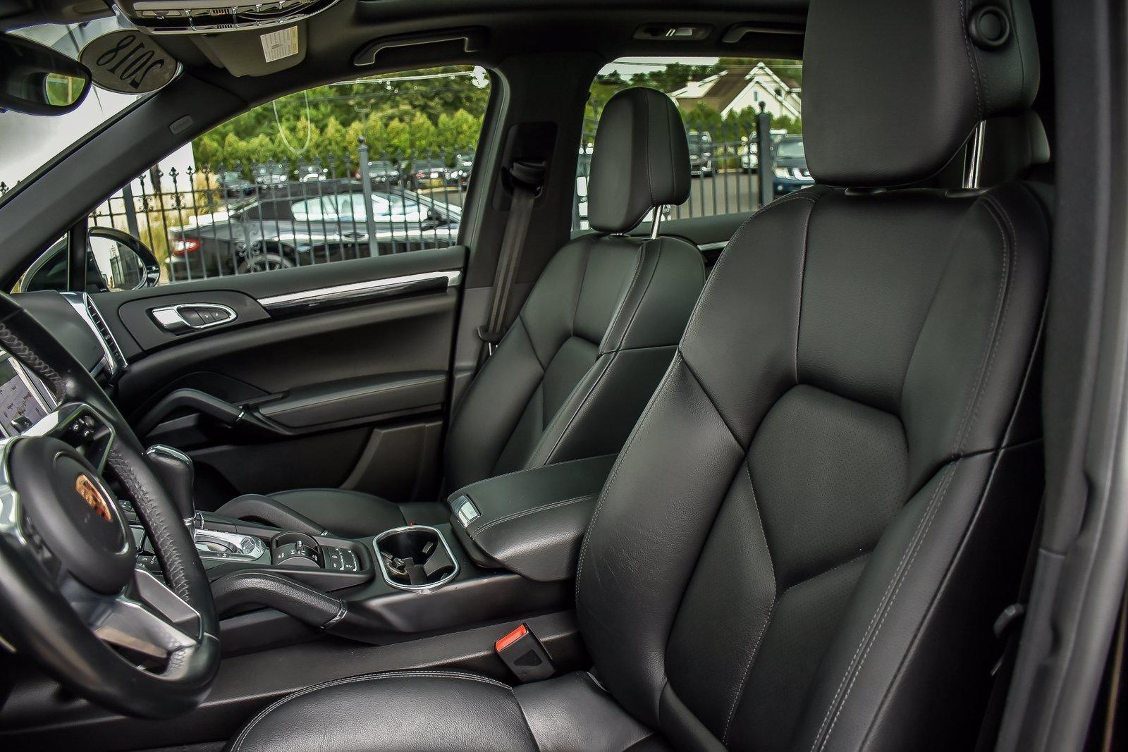 Used 2018 Porsche Cayenne  | Downers Grove, IL