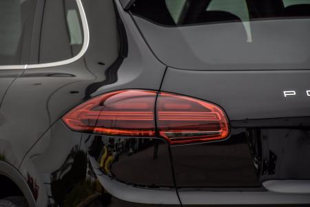 Used 2015 Porsche Cayenne Turbo | Downers Grove, IL