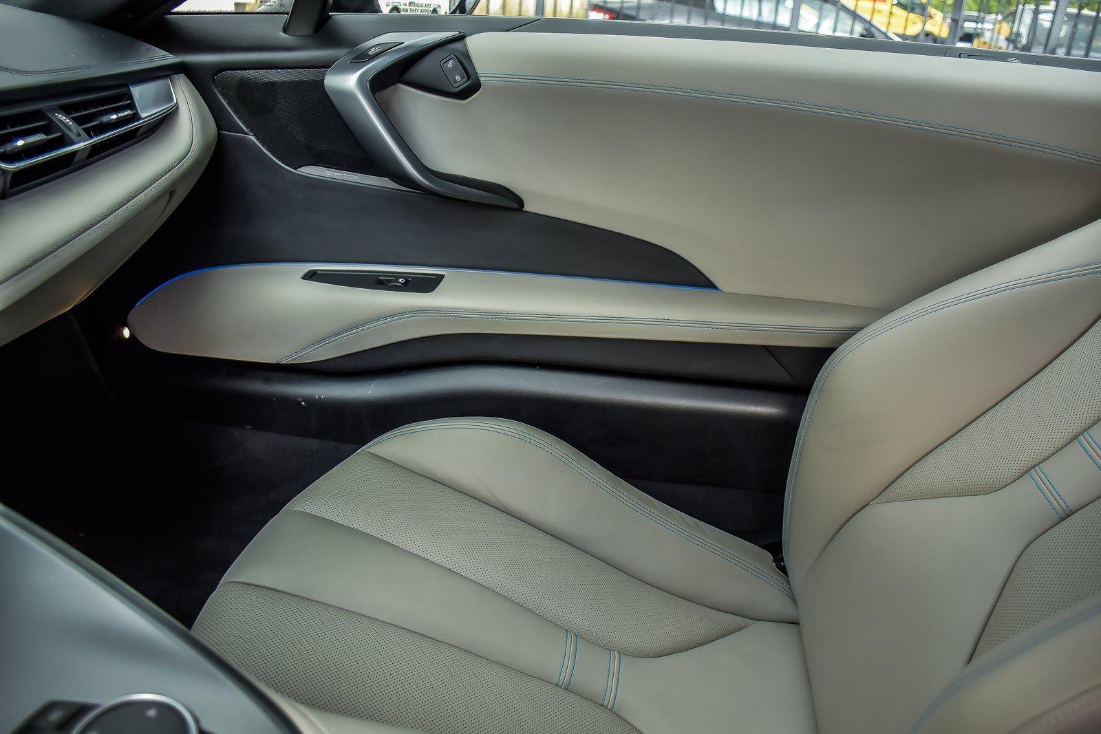 Used 2015 BMW i8 Pure Impulse World   Downers Grove, IL