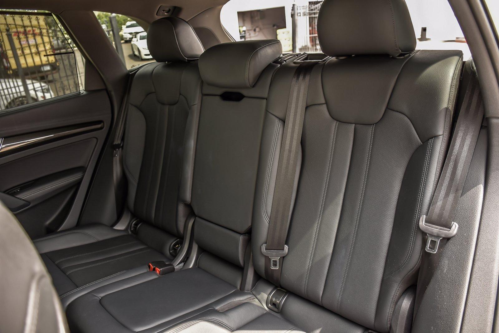 Used 2019 Audi SQ5 Prestige S-Sport/Black Optic Pkg | Downers Grove, IL