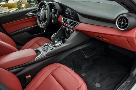Used 2020 Alfa Romeo Giulia Sport   Downers Grove, IL