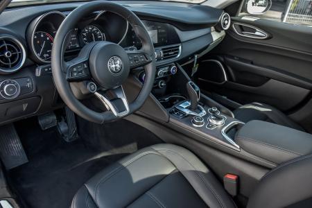 Used 2021 Alfa Romeo Giulia Ti Nero Edizione With Navigation   Downers Grove, IL