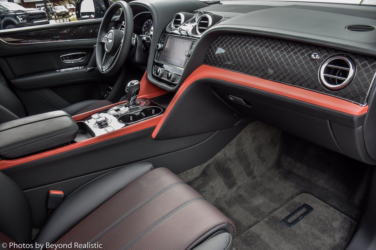Used 2020 Bentley Bentayga Design Edition   Downers Grove, IL