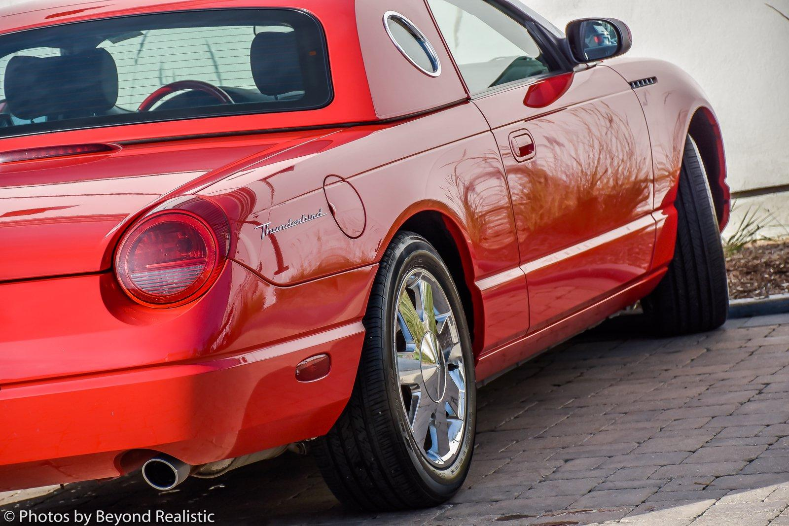 Used 2002 Ford Thunderbird Premium w/Hardtop | Downers Grove, IL
