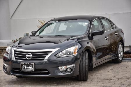 Used 2015 Nissan Altima 2.5 SV | Downers Grove, IL