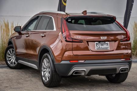 Used 2019 Cadillac XT4 FWD Premium Luxury | Downers Grove, IL