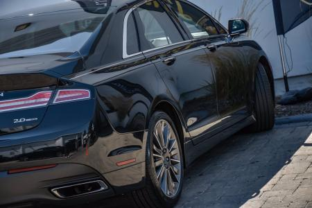 Used 2014 Lincoln MKZ With Navigation | Downers Grove, IL