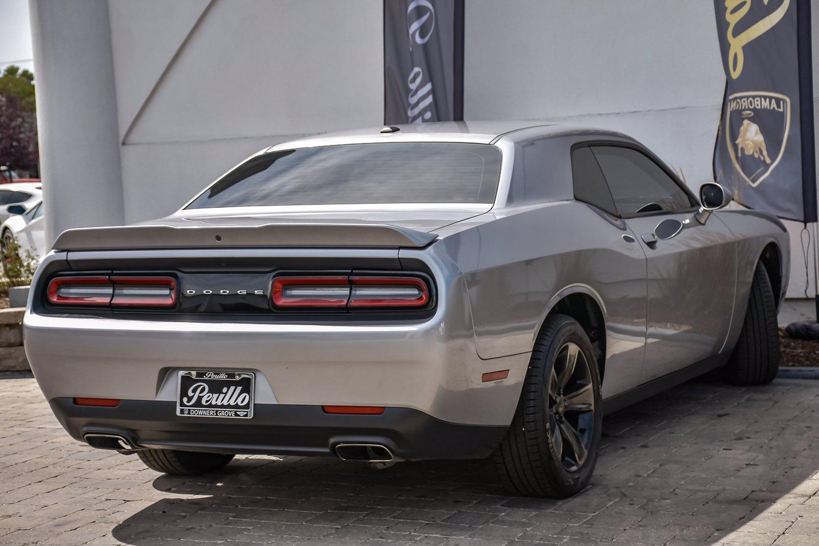 Used 2018 Dodge Challenger SXT | Downers Grove, IL