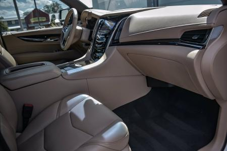 Used 2019 Cadillac Escalade Platinum, 3rd Row, Rear Ent. | Downers Grove, IL