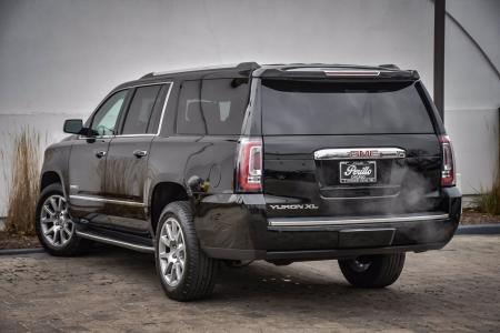 Used 2017 GMC Yukon XL Denali   Downers Grove, IL
