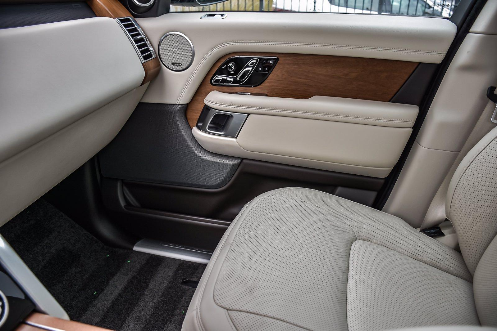 Used 2019 Land Rover Range Rover HSE | Downers Grove, IL