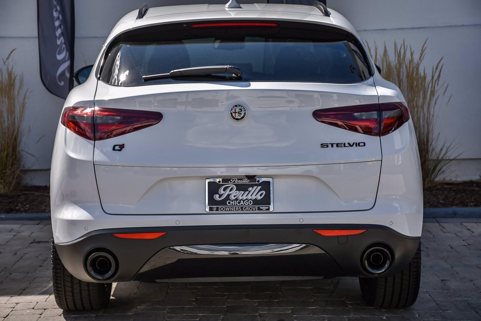 Used 2020 Alfa Romeo Stelvio  | Downers Grove, IL