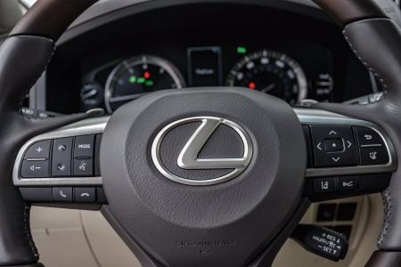 Used 2018 Lexus LX 570, 3rd Row, Rear Ent. | Downers Grove, IL