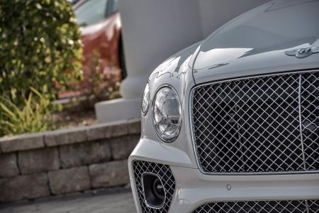 Used 2021 Bentley Bentayga V8 | Downers Grove, IL