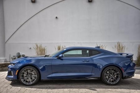 Used 2019 Chevrolet Camaro ZL1 | Downers Grove, IL