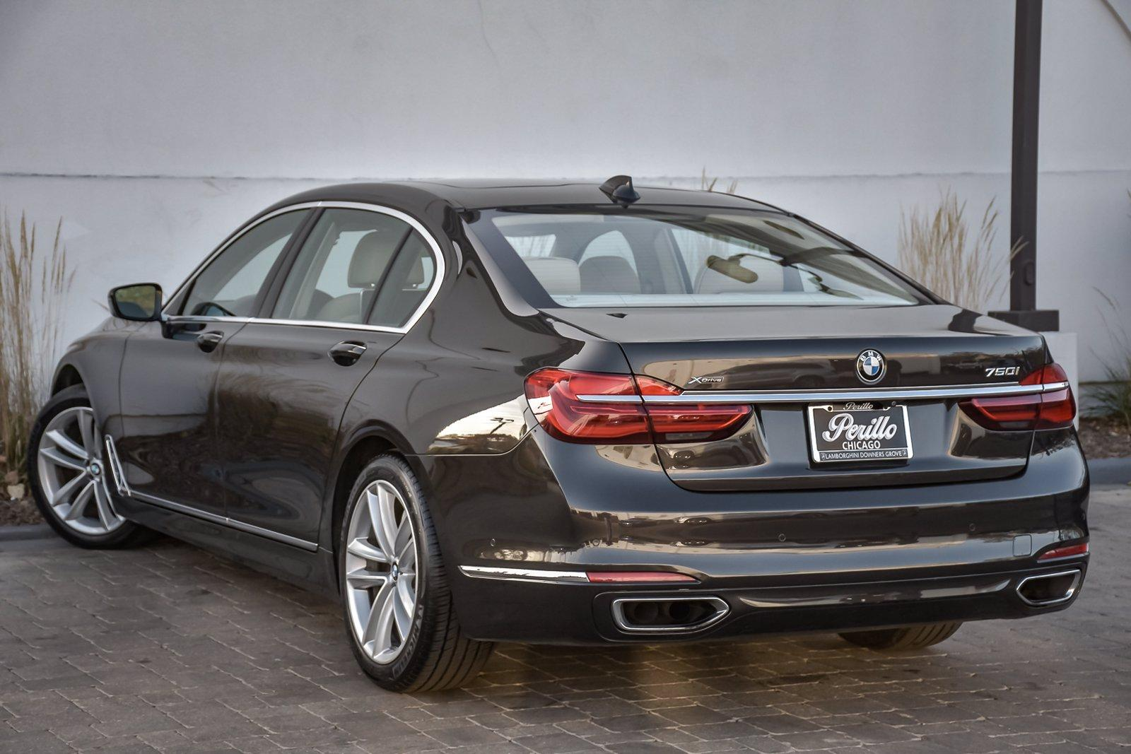Used 2017 BMW 7 Series 750i xDrive Autobahn Executive | Downers Grove, IL