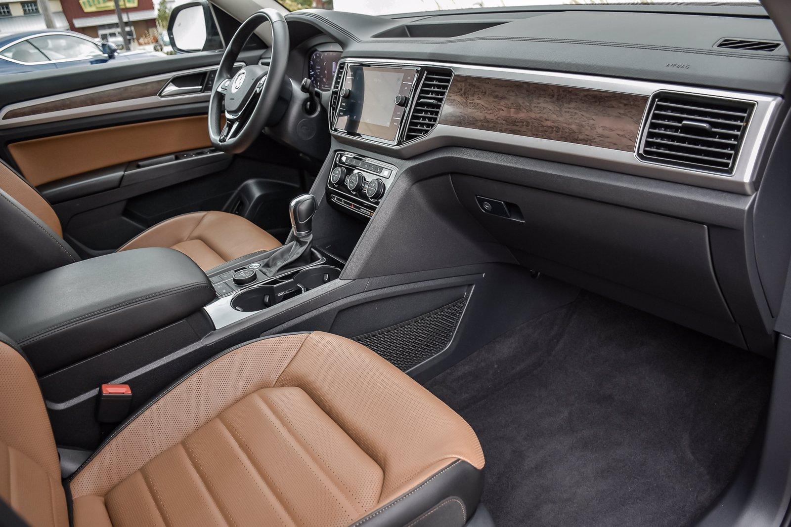 Used 2018 Volkswagen Atlas 3.6L V6 SEL Premium   Downers Grove, IL