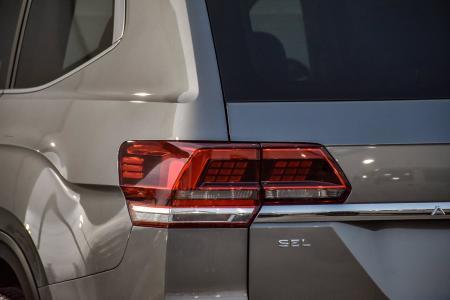 Used 2019 Volkswagen Atlas 3.6L V6 SEL Premium, 3rd Row, | Downers Grove, IL