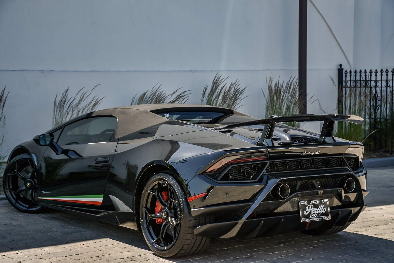 Used 2018 Lamborghini Huracan Performante Spyder LP 640-4 With Navigation   Downers Grove, IL