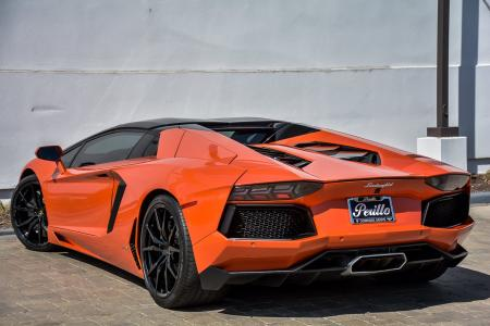 Used 2014 Lamborghini Aventador Roadster | Downers Grove, IL