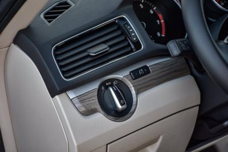 Used 2018 Volkswagen Passat 2.0T SE   Downers Grove, IL