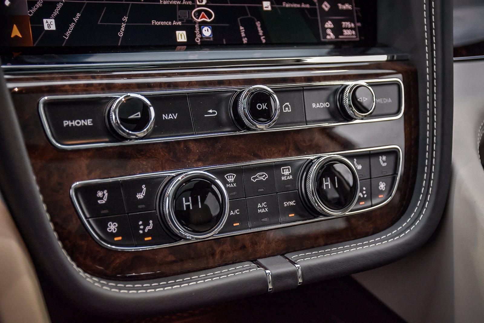 New 2021 Bentley Bentayga V8 | Downers Grove, IL