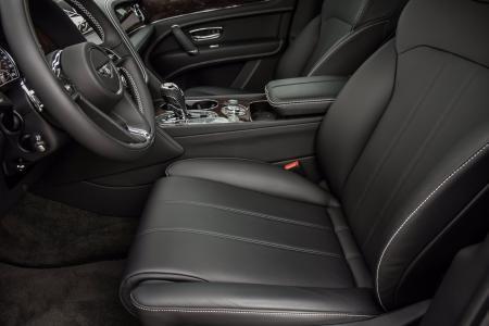 Used 2019 Bentley Bentayga V8 | Downers Grove, IL