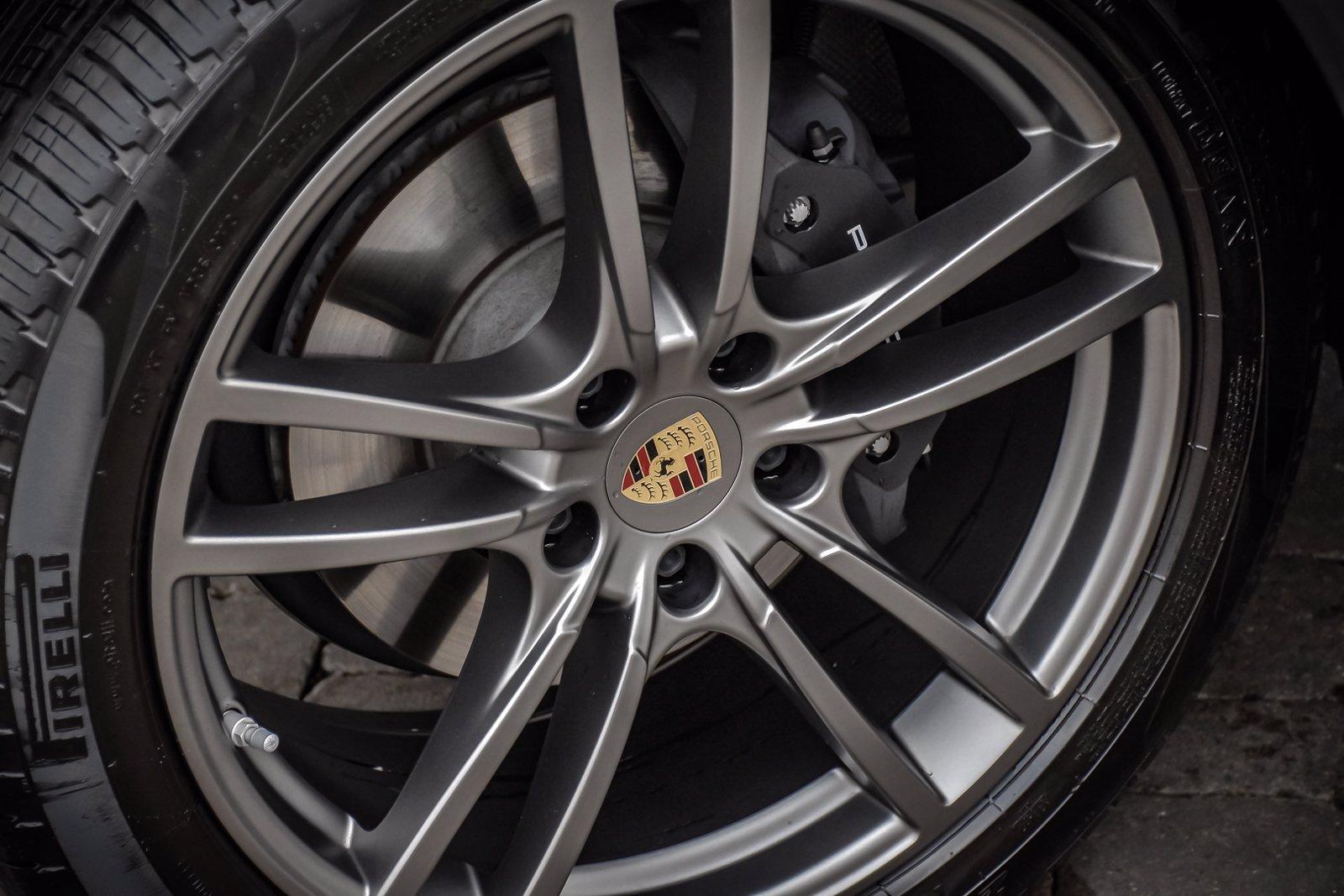 Used 2020 Porsche Cayenne Premium Plus | Downers Grove, IL