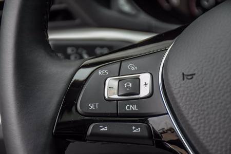 Used 2020 Volkswagen Passat 2.0T SE | Downers Grove, IL