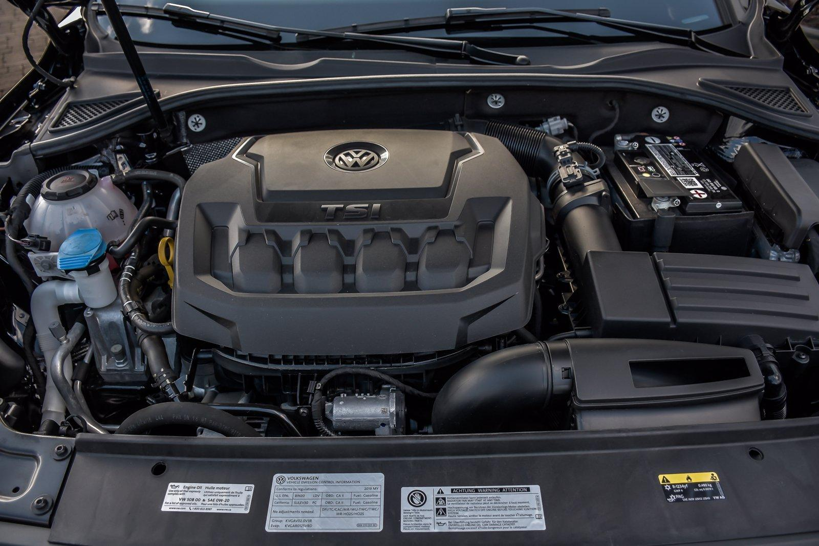 Used 2019 Volkswagen Passat 2.0T Wolfsburg Edition | Downers Grove, IL