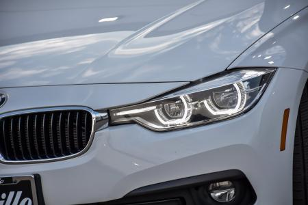 Used 2018 BMW 3 Series 320i xDrive Sport Premium With Navigation | Downers Grove, IL