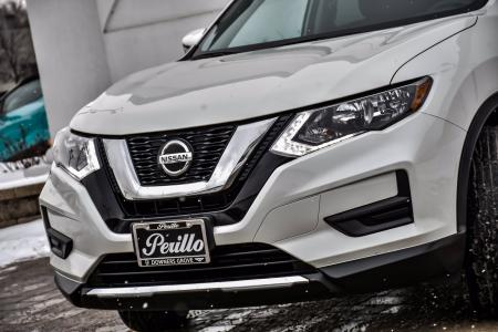 Used 2018 Nissan Rogue SV Premium With Navigation | Downers Grove, IL