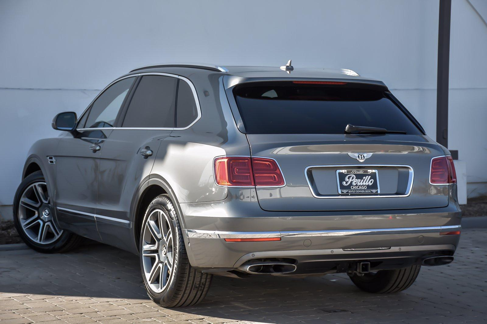 Used 2018 Bentley Bentayga W12 Activity, Mulliner, Third Row | Downers Grove, IL