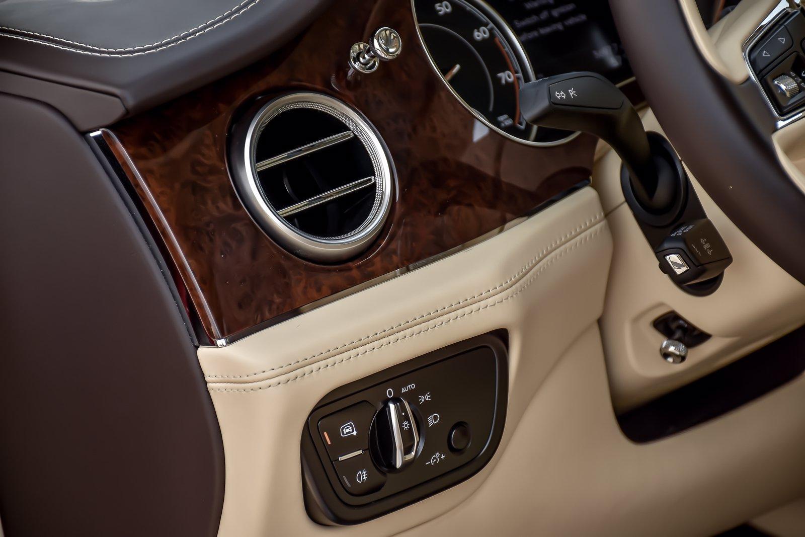 Used 2018 Bentley Bentayga W12   Downers Grove, IL
