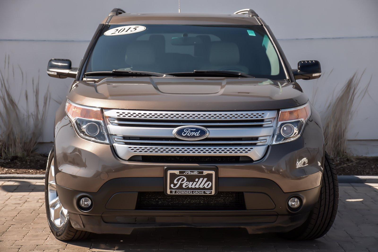 Used 2015 Ford Explorer XLT w/3rd Row/Nav | Downers Grove, IL